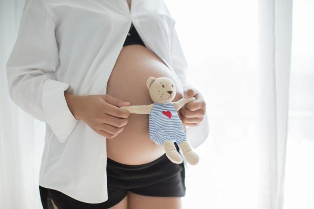 mulher gravida 1150 10364 - Casa Crescer